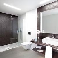 Hotel Torre Del Mar Bathroom