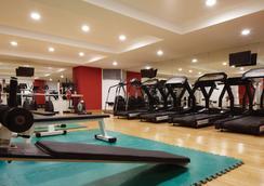 明洞東方酒店 - 首爾 - 健身房
