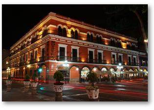 德爾波塔酒店