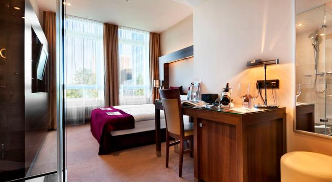 Fleming's Deluxe Hotel Frankfurt-City - 法蘭克福 - 臥室