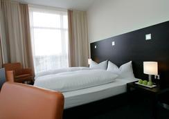法蘭克福紐波斯弗萊明酒店 - 法蘭克福 - 臥室