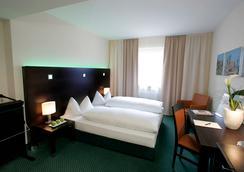 弗蘭克福特漢堡大道弗萊明酒店 - 法蘭克福 - 臥室