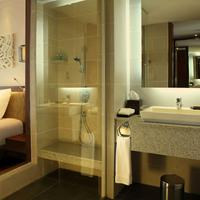 Sunrise Premium Resort Hoi An Bathroom