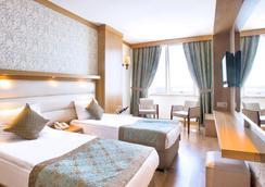 安塔利亞奧茲水療度假酒店 - 安塔利亞 - 臥室