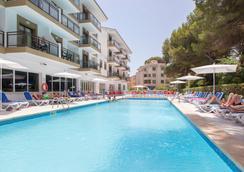 Hotel Guya Wave - Cala Ratjada - 游泳池