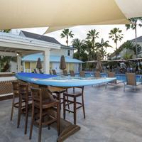 Sunshine Suites Resort Outdoor Pool
