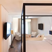Le Metropolitan, a Tribute Portfolio Hotel, Paris Guestroom