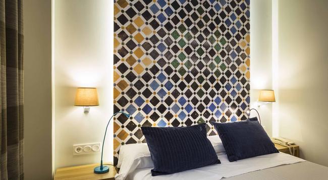 Hotel Comfort Dauro 2 - 格拉納達 - 臥室