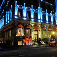 LHotel Montreal Hotel Front - Evening/Night