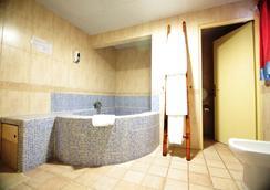 瓦倫西亞休閒文明旅館 - 瓦倫西亞 - 浴室