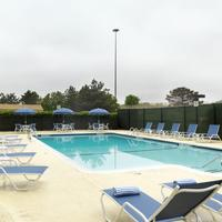 Four Points by Sheraton Philadelphia Airport Outdoor Swimming Pool