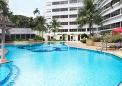 富麗華河畔大酒店 - 新加坡 - 游泳池