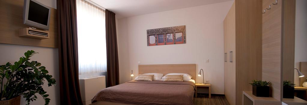 Ahotel Ljubljana - 盧布爾雅那 - 臥室
