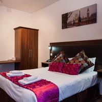 Arinza Hotel Guestroom
