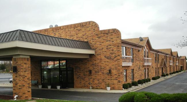 Red Roof Inn Fort Wayne - 韋恩堡 - 建築