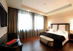 意大利阿里戈羅金宮酒店 - 都靈 - 臥室