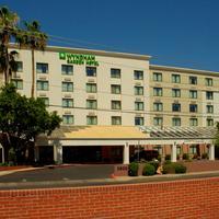 Wyndham Garden Phoenix Midtown Hotel Front