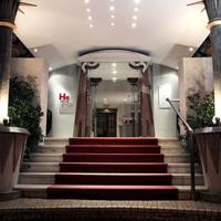 Golden Tulip Porto Gaia Hotel & Spa Golden Tulip Porto Gaia Hotel & SPA - Entrance