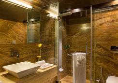 比茲酒店 - 拉傑果德 - 浴室