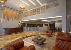 比茲酒店 - 拉傑果德 - 大廳