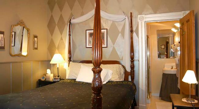 Madison Street Inn - 聖克拉拉 - 臥室