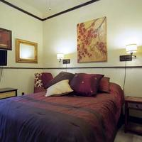 Madison Street Inn Guestroom