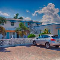 Hollywood Beachside Boutique Suites Property Grounds