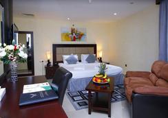皇家獵鷹酒店 - 杜拜 - 臥室