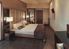 雷斯陶拉多雷斯特里姆酒店 - 里斯本 - 臥室