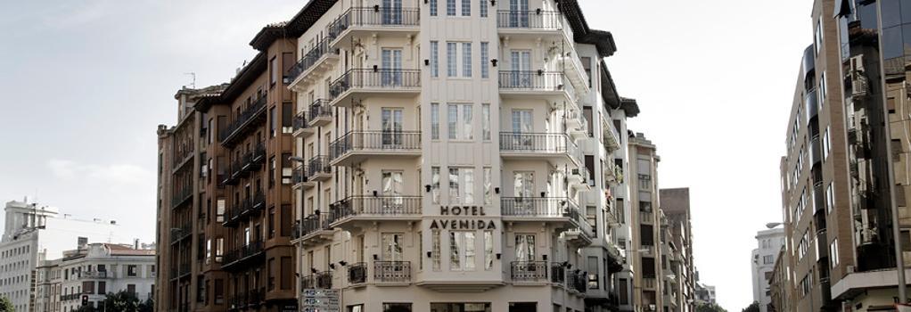 Hotel Avenida - 潘普洛納 - 建築