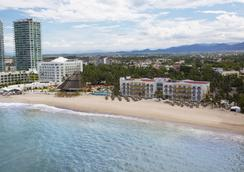 克里斯塔爾巴亞爾塔酒店 - 巴亞爾塔港 - 海灘