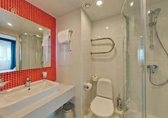 塞瓦斯托波爾摩登酒店 - 莫斯科 - 浴室