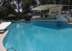 德安圖扎酒店 - 馬塞約 - 游泳池