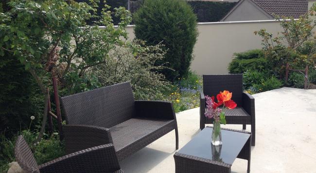 Roissy Chambres - 魯瓦西昂法蘭西 - 室外景