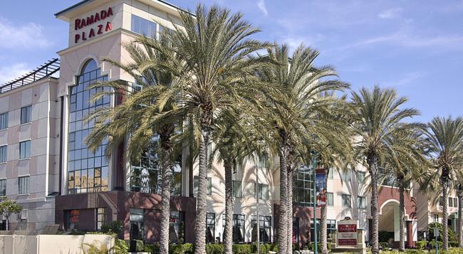 Ramada Plaza Anaheim - 安納海姆 - 建築