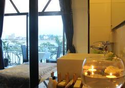 Adore Riverside Hotel - 金邊 - 浴室