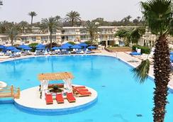 開羅金字塔公園度假村(原洲際金字塔) - 開羅 - 游泳池