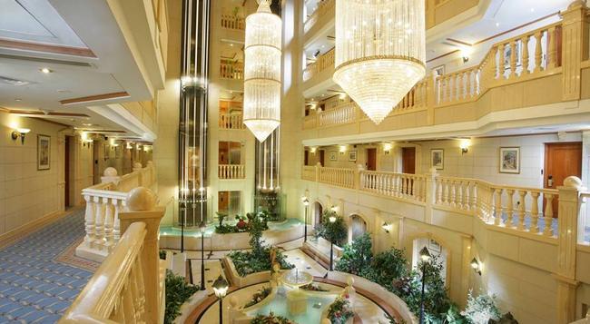 Carlton Palace Hotel - 杜拜 - 大廳