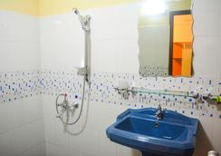 VJ城市酒店 - 可倫坡 - 浴室