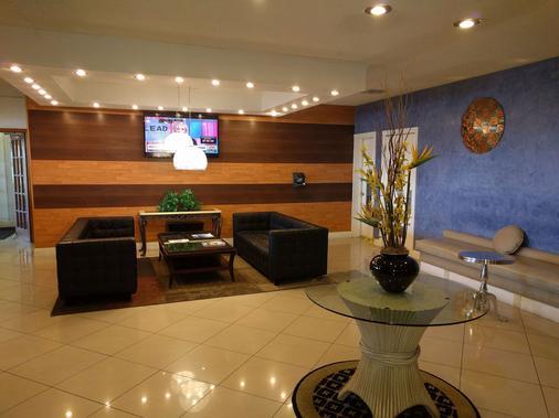 羅德岱堡機場紅地毯酒店 - 勞德代爾堡 - 大廳