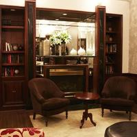 The Avalon Hotel Library