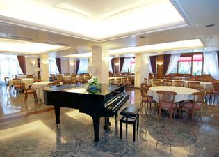 Hotel Apeneste