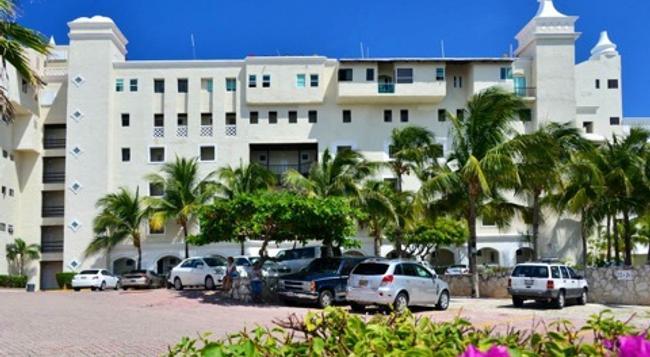 Bsea Cancun Plaza Hotel - 坎昆 - 建築