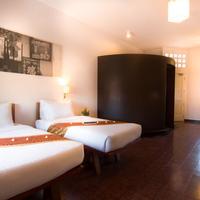 Karavansara Retreat Guestroom