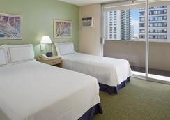 威基基國賓大酒店 - 檀香山 - 臥室