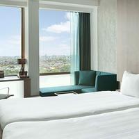 Ramada Apollo Amsterdam Centre 2 Twin Beds Deluxe Room