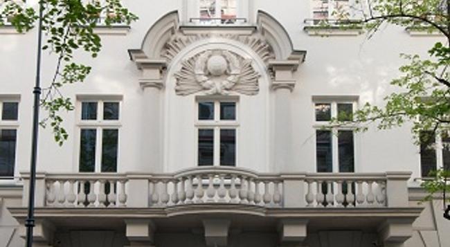 H15 Boutique - 華沙 - 建築