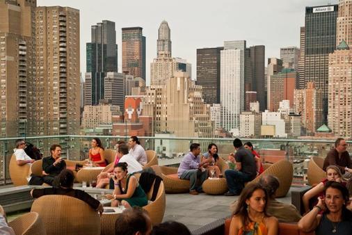 紐約大都會希爾頓逸林酒店 - 紐約 - 露天屋頂