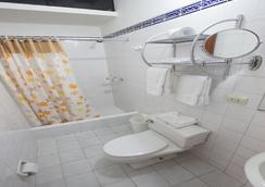 涅槃酒店 - 利馬 - 浴室