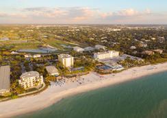 那不勒斯海灘酒店和高爾夫俱樂部 - 拿坡里 - 海灘